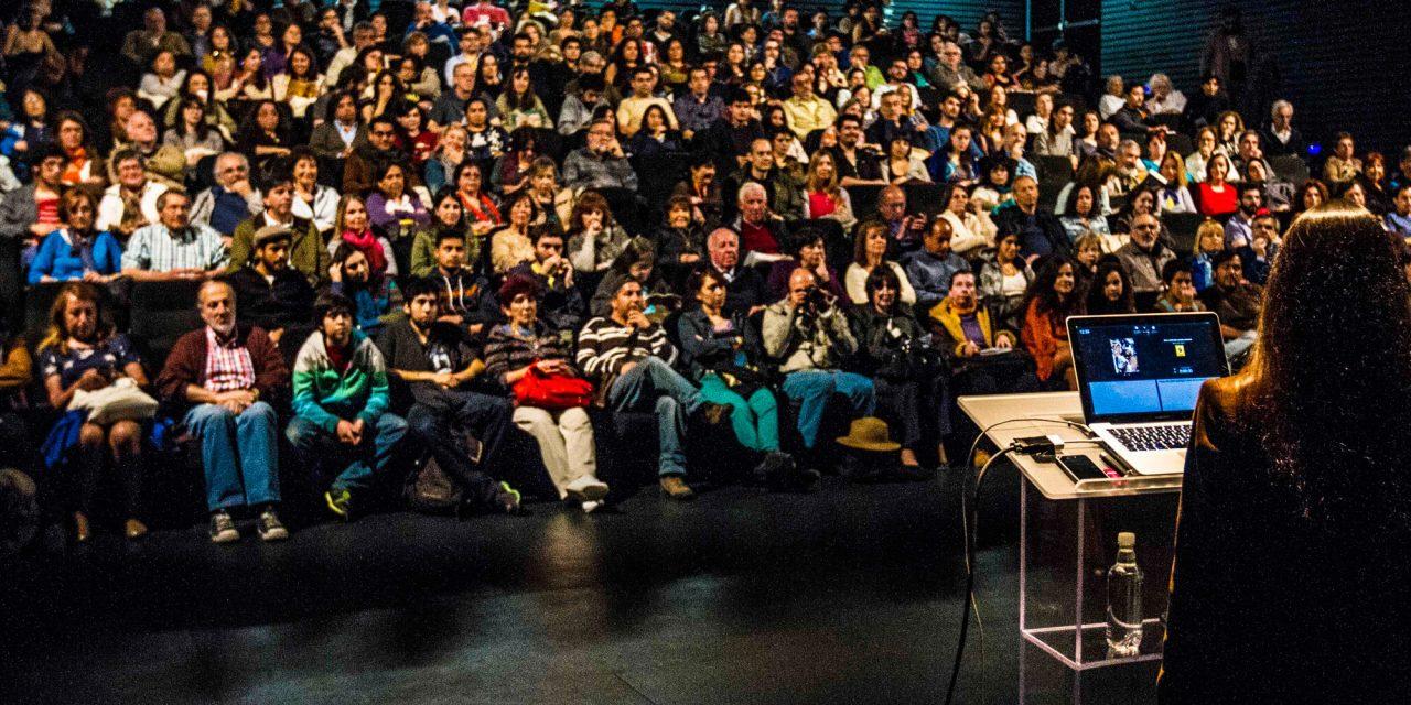 Conferencias, Claudia Campaña